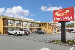 Econo Lodge, 221 W Main St.,
