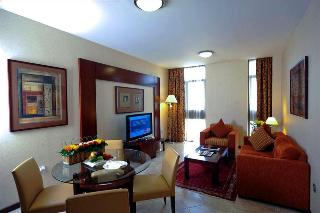 Vision Hotel Apartments, Old Mazda Road Tourist Club…