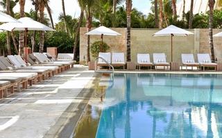 Royal Palm Hotel, 1545 Collins Avenue,