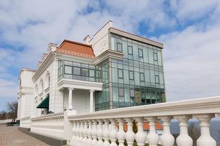 Kadorr Hotel Resort…, 66/3, French Boulevard,
