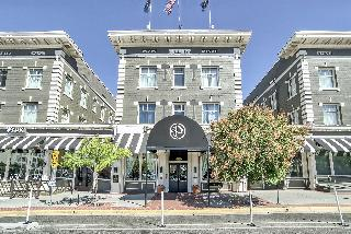The Peery Hotel an Ascend Hotel Collection Member