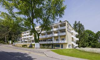 Zurzacherhof Swiss Quality…, Dr. Martin Erb-strasse 5,