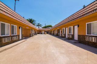 Rodeway Inn & Suites, 10112 Long Beach Blvd,