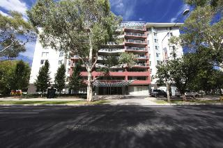 Pacific Suites Canberra…, 100 Northbourne Avenue,