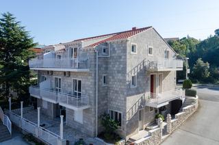 Apartments Senjo, Josipa Kosora 2,