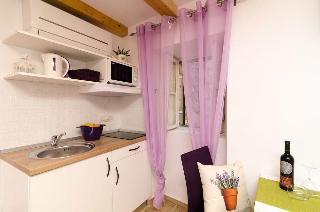 Lavender Garden Apartments, Od Kaštela 24,