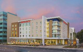 Hampton Inn & Suites…, Sepulveda Blvd,888