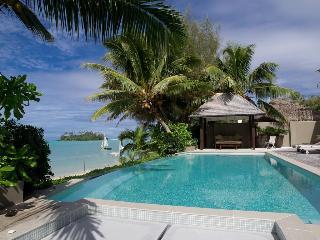 Te Vakaroa Villas, Main Road, Muri Beach,