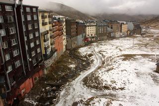 Apartamentos Canigou…, Avda De Encamp,27