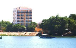 Royal Riverside Hoi…, 40 Nguyen Du - Hoi An,