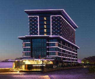 City Break Golden Tulip Istanbul Bayrampasa Hotel