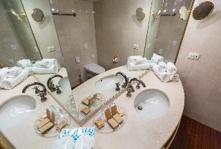 Onriver Hotels – Ms Maribelle