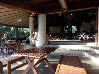 Tanna Lodge, Ipul Bay,