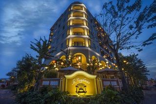 La Residencia Hoi An…, 35 Dao Duy Tu Street, Hoi…