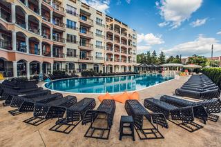 Avenue Deluxe - Pool
