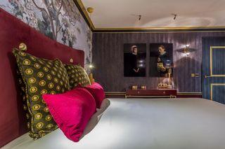 Hotel Snob by Elegancia