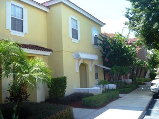 3 - Bedroom Townhome With Community Pool&tennis No. 1