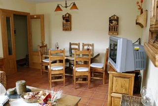 House In Narrillos De San Leonardo 101929