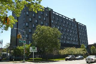 Holiday Inn LaGuardia