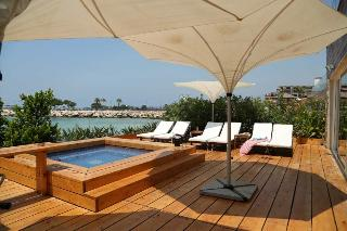 Veer Boutique Hotel…, Seaside Road, Zouk Mikael,…