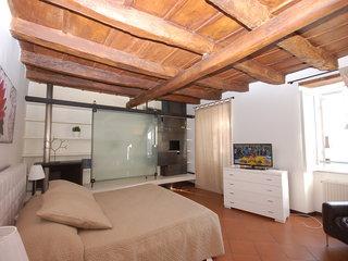 2br Campo De Fiori View Apartment - Two Bedroom