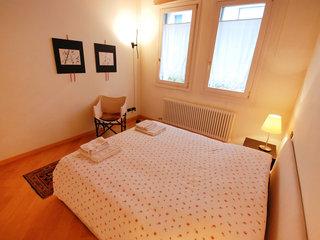 Iris - One Bedroom