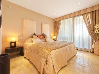 Lomas De Los Monteros - Three Bedroom