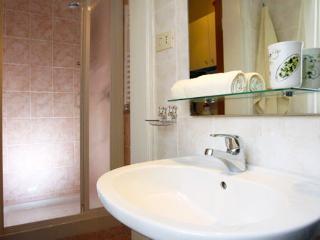 Piazza Navona Astonishing Terrace - Two Bedroom