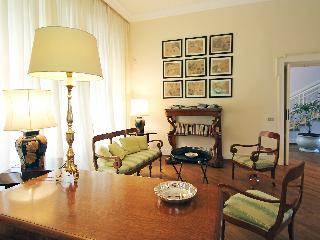 Renate - Three Bedroom