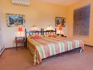 Salto Del Monte - Three Bedroom