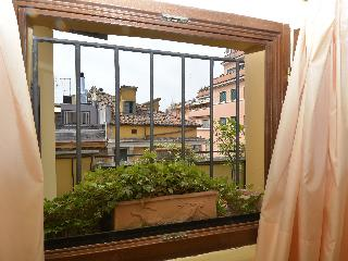 Studio Apt With Terrace At Vatican - One Bedroom