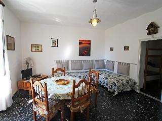 Trigoso - One Bedroom