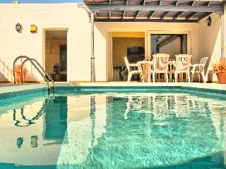 Villa Lapa - Pool Sun And Beach - Three Bedroom