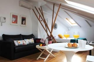 Life Apartments Calderon