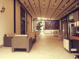 Niconya Port Suites & Hotel