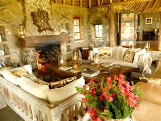 Kanzi House, Chyulu Hills, Tsavo West…