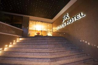 Roles Hotel, Av. J. Azurduy ,esq.ladislao…