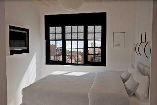 Gowanus Inn & Yard,…, Brooklyn, Soho / Tribeca…