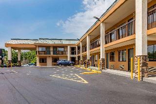 Quality Inn, 116 Luyben Hills Rd,