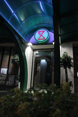 Cingo Hotel, 3 Abas Emin Str.,3