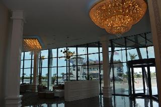 Sky Tower Hotel, 7 Sherif Khimshiashvili St,na