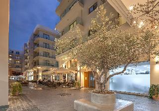QCC Residence, D.demetriou Street,n/a