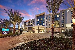Hampton Inn Long Beach…, 3771 Lakewood Blvd.,