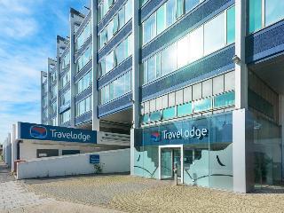 Travelodge London Teddington, Park House Station Road,