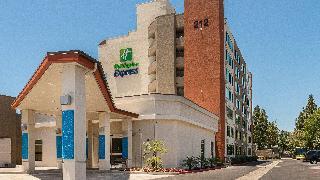 Holiday Inn Express…, 212 West Houston Avenue,