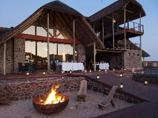 Tutwa Desert Lodge, Naaries, 7 Kenhardt Road,…