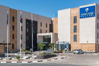 Town Lodge Windhoek, Erf 1320, Frankie Fredericks…