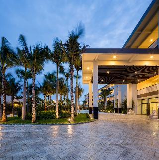 Grandvrio Ocean Resort…, Vo Nguyen Giap Street , Dien…