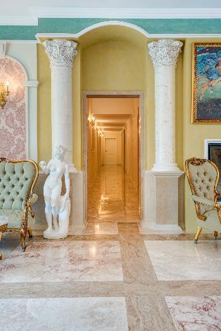 Venera & Anastasia Palace - Diele