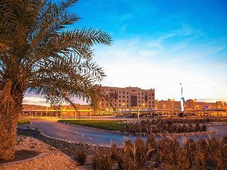 Ayla Bawadi Hotel, Zayed Bin Sultan Street,